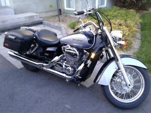 Honda Shadow Aero 2005   48,245km   négociable