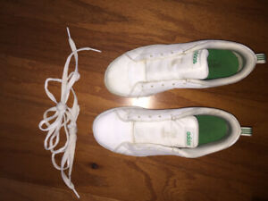 Kids adidas shoes size 4 youth