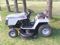 "18hp Craftsman 42"" Cut Lawn Tractor"