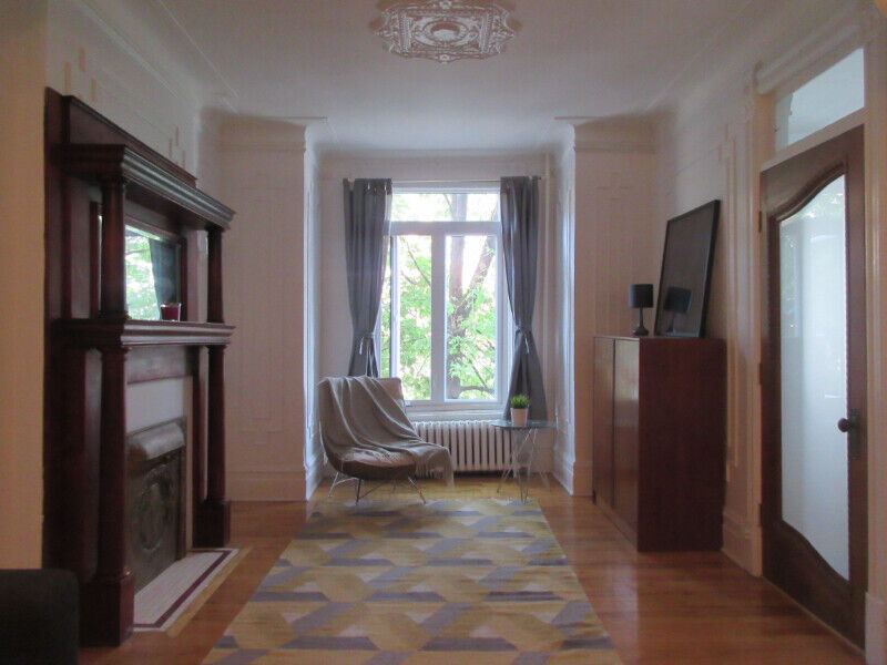 Fully Furnished 3br Apartment - Plateau/ Carré St-Louis ...