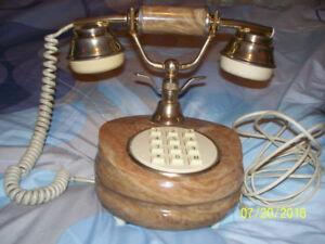 Téléphone style vintage en marbre d'italie