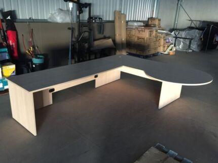 custom made office desks. Large Executive Office Desk - Custom Made Near New Condition! Desks
