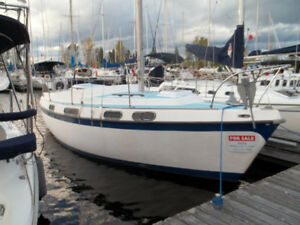 Morgan 28 Sailboat