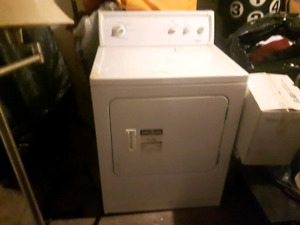 Washing Machine and dryer in Good Condition