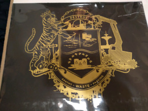 """Hamilton """"DESTROY"""" Coat of Arms JELLY BROTHERS"""