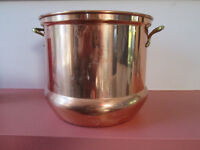 COPPER ICE BUCKET WITH HANDLES OR USE UNDER A POTTED PLANT