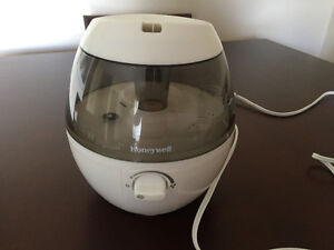 Humidifier-Moving Sale