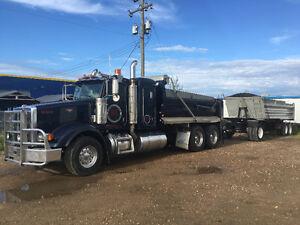 Gravel truck 367 Peterbilt Dump Truck