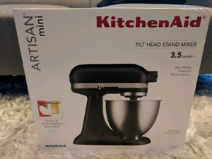 BNIB Matte Black KitchenAid Artisan Mini Stand Mixer