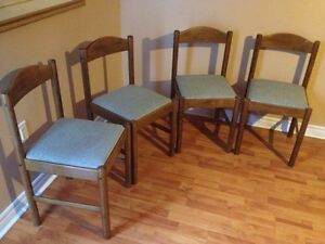 4 hard wood chairs