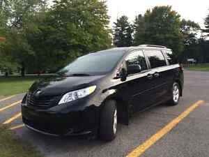 Toyota Sienna 2013 - Minivan excellente condition