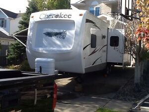 2008 Forest River Cherokee 27L