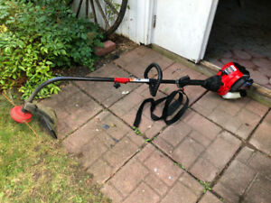 Coupe-herbe Troy-Bilt