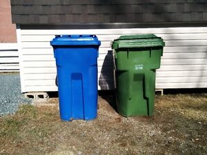 BINS - recycling and trash, BAC - recyclage et poubelle