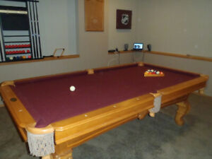 3 slate pool table like new,