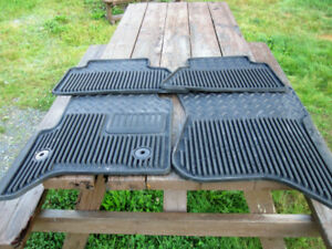 !!! FLOOR MATS FOR CHEV OR GMC !!! NEVER USED !!!