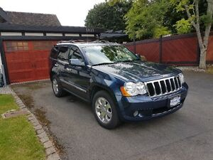 2010 Jeep Grand Cherokee Delux Chrome SUV, Crossover