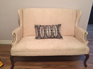 Victorian style couch / loveseat