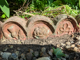 All 50 for £5 - Rose and Thistle Decorative Edging Pieces - Terracotta