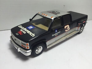 1999 Dale Earnhardt Goodwrench Service Crew Cab, Trailer & Car Kitchener / Waterloo Kitchener Area image 5