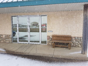 HWY 17 OFFICE FOR RENT $200 INCLUDES EVERYTHING