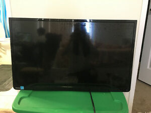 "Toshiba 32"" 720p LED TV"