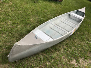 17 Foot Springbok Freighter Canoe. Wide body HD weight Capacity