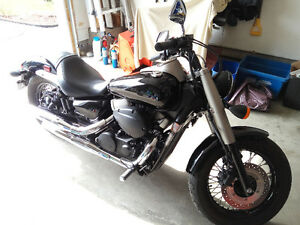 Honda Shadow Phantom 2010 Low Milage