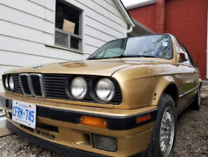 1987 BMW 325ic convertible (e30 body style)