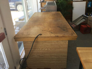 8 foot long and 44 inch wide Refrigerated Bakery Prep table