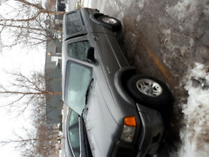 2004 Ford Ranger EDGE Pickup Truck +( Brand new winter tires)
