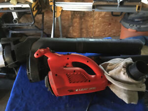 Black and Decker blower and leaf vac