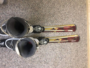 "Ski-Atomic Balanzer Top Skis Beta   Pulser size Ski 168"" and boo"