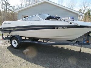 Four Winns Bow Rider , 19 ft ,Mint Low hours , 4.3, Trailer !!
