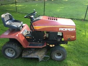"""Roper 12hp 42"""" cut..REDUCED TO CLEAR Cornwall Ontario image 3"""