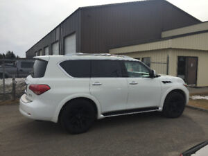 2012 Infiniti QX56 Fully loaded SUV, Crossover