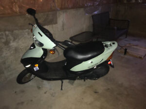 Great condition 2011 scooter!!