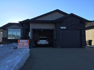 House for sale in the new Riverside area in Yorkton, Sask