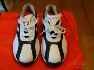 Arnold Palmer Golf Shoes for sale.Never used size 10M.