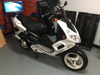 Peugeot scooter 2009