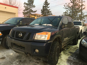 *SPEICAL*2012 Nissan Titan PRO4X 4X4/ LEATHER / LOADED