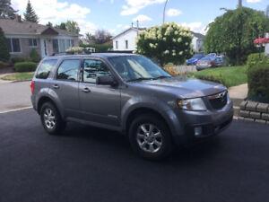 A vendre Mazda tri bine 2008. Auto pour hiver
