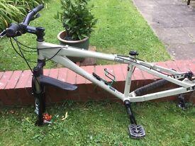 Mongoose dirt bike frame, fork and handlebars.