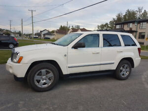 Beautiful 2007 Jeep Cherokee