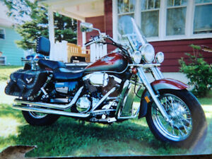 Kawasaki Vulcan Classic Motorcycle in Excellent Condition