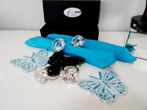 diamonds GIRL'S BEST FRIEND glass crystal napkin ring holders x4 Kitchener / Waterloo Kitchener Area image 3