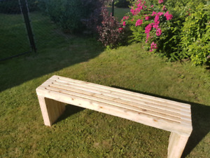 Faux box joint bench.