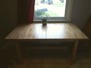 Great condition table for sale