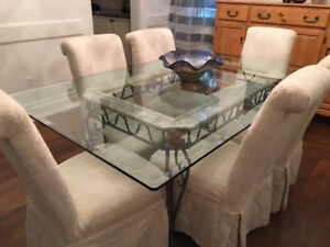 Beautiful Dining Table And Matching Wine Rack