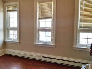 2 Bedroom apartment for rent downtown Barrie